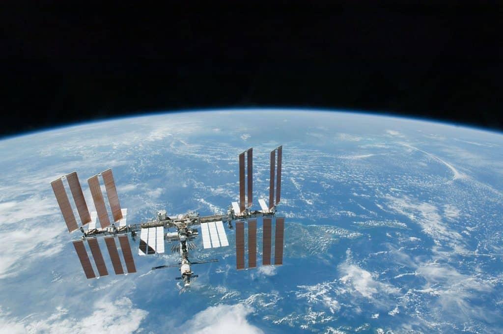 Space Orbit Station